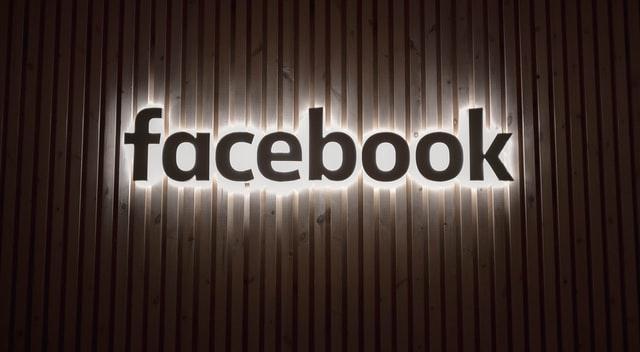 Pourquoi WhatsApp, Facebook et Instagram ont-ils eu une panne de 7 heures ?